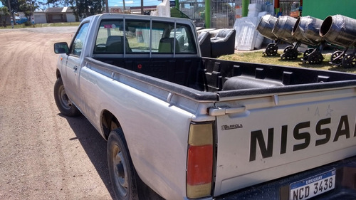 nissan frontier pick up