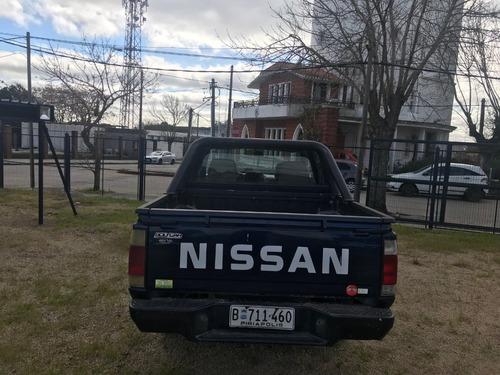 nissan np300 frontier 2.4  - permuta - financiación