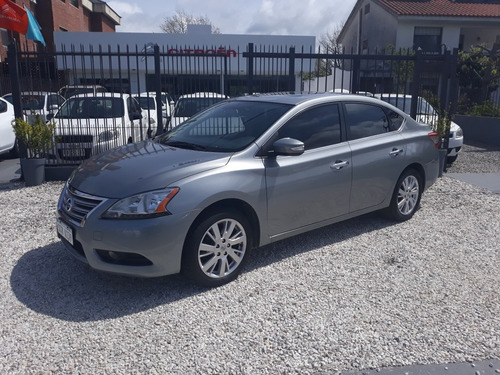 nissan sentra 1.8 exclusive navi at 2015