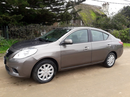 nissan versa 1.6 exclusive at 2013
