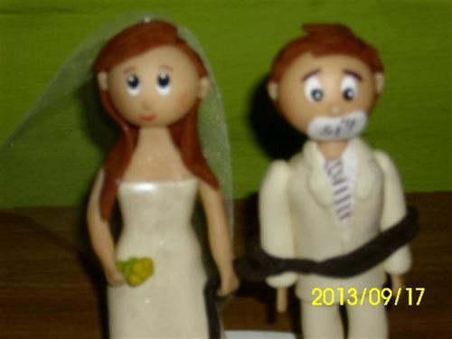 novios para torta de bodas atado y amordazado estilo fofucha