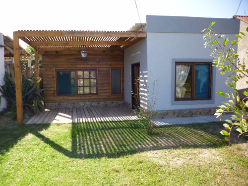 nueva y hermosa casa en aguas dulces