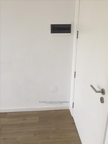 oficina alquiler carrasco centrico 1 o 2 ambientes, 24 m2,