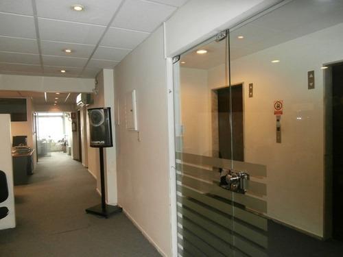 oficina centro 306 m² piso alto frente a plaza independencia