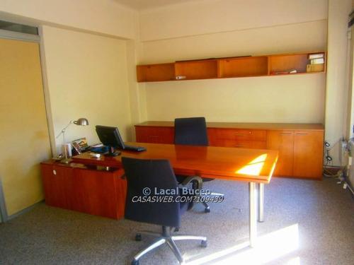 oficina ciudad vieja  pza. matriz   80 m2