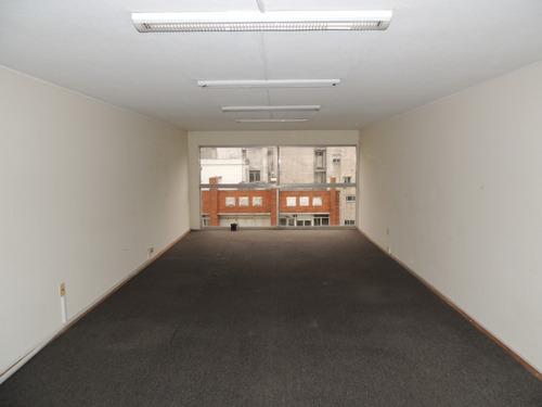 oficina con garage