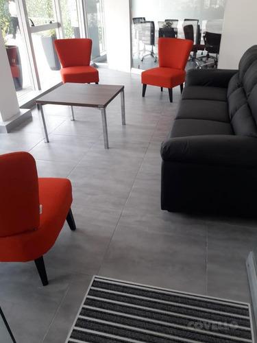 oficina, con piso colocado, 1 baño, planta baja