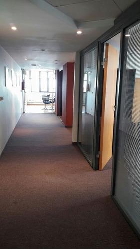 oficina con vista al mar!