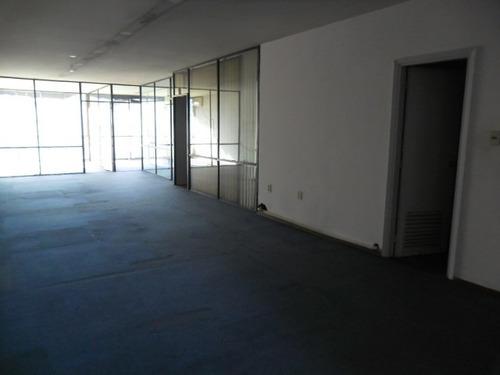 oficina de excelente categoria en piso alto