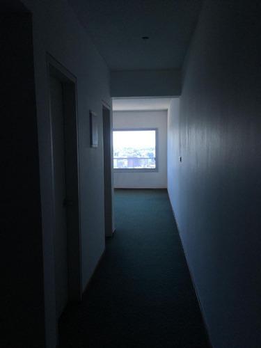 oficina  en alquiler ubicado en centro, montevideo