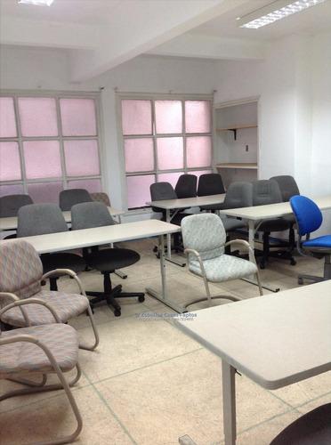 oficina en ciudad vieja 167 mts.tercer piso.