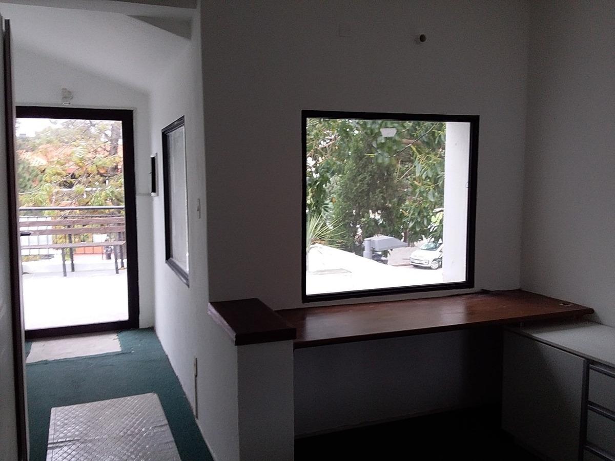 oficinas en carrasco- cerca de arocena