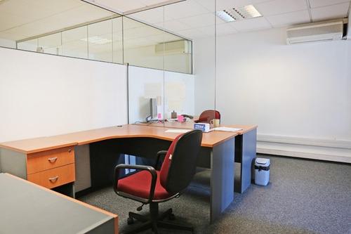 oficinas venta ciudad vieja montevideo oficina con renta sobre plaza independencia