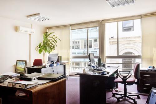 oficinas venta ciudad vieja montevideo oficina en venta en el corazón de ciudad vieja
