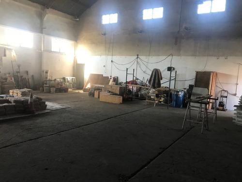 ombues de lavalle - soberbio deposito 400 m2 - centrico