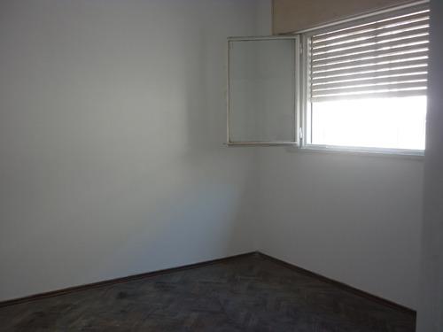 oportunidad 1 dormitorio primer piso por escalera!!!!