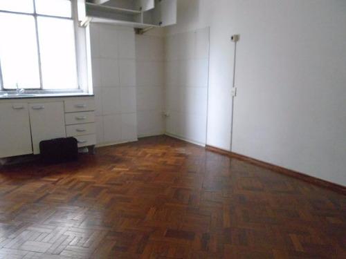 oportunidad con renta.! contrafrente en 5to piso gc bajos