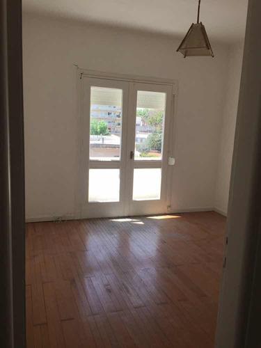 oportunidad!! lindo apartamento  en punta carretas,