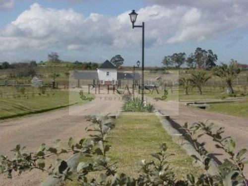 oportunidad!! terreno en country cerrado u$s45 mt2,colinas de carrasco