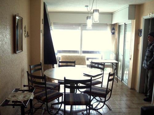 p738. apartamento . se vende . en planta baja, frente al mar