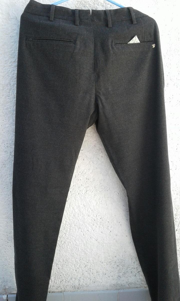 pantalones grises hombre zara