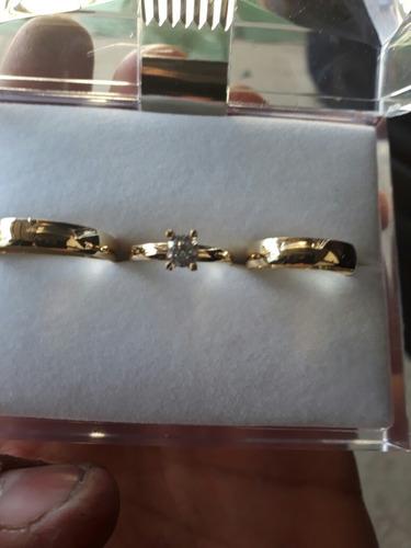 par alianzas 4mm con cintillo todo oro 18k amarillo
