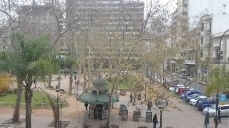 peatonal sarandí frente plaza matriz