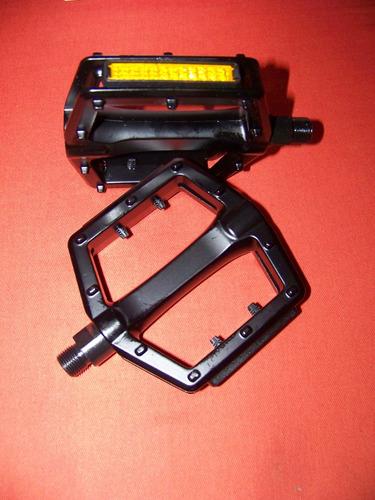 pedales vp-501 aluminio rosca 9/16, perfil bajo, muy buenos