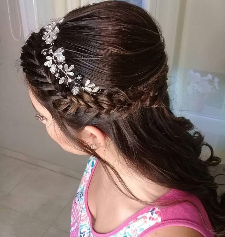 Clásico y sencillo peinados de madrina Fotos de las tendencias de color de pelo - Peinados De Fiesta Novias 15 Anos Madrinas Maquilladora 800 00