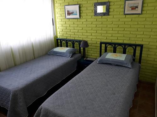 península: calle 25 y 20. apto. 2 dorm. con cochera