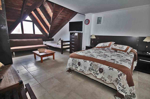 penthouse frente la rambla,4 dorm,capacidad 8 personas
