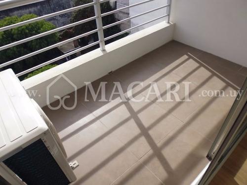 penthouse monoambiente con terraza piso 10 al frente