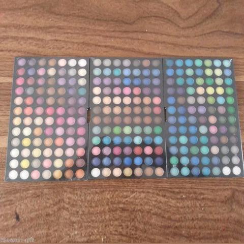 petaca de sombras de 252 colores
