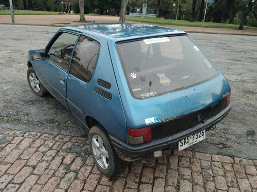 peugeot 205 xl 1994        1.100  cc