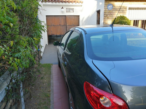peugeot 207 1.4 sedan xs 2008