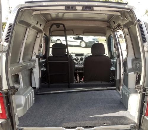 peugeot partner 1.4 furgon confort 2010