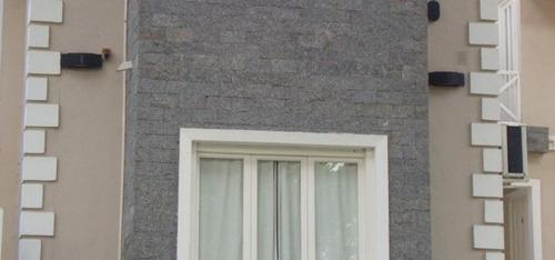 piedra natural granito miracema gris 11,5 x 23 cm.