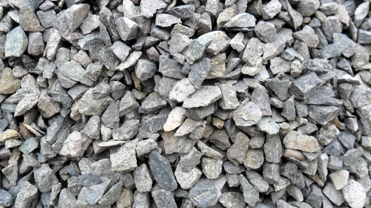 Piedra partida por m3 cami n de 7m3 piedrita gris for Piedra gris para jardin