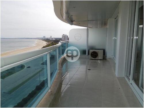 piso alto frente al mar