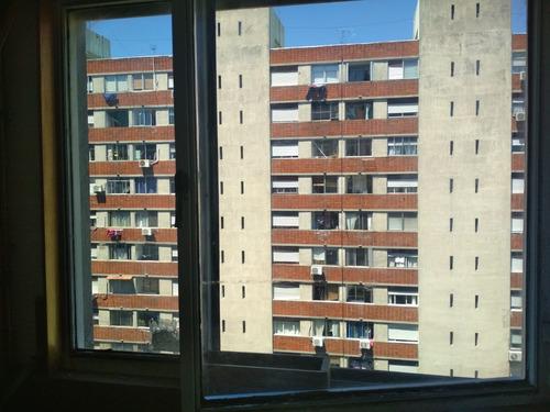 piso alto vista despejada en parque posadas; 2 dormitorios