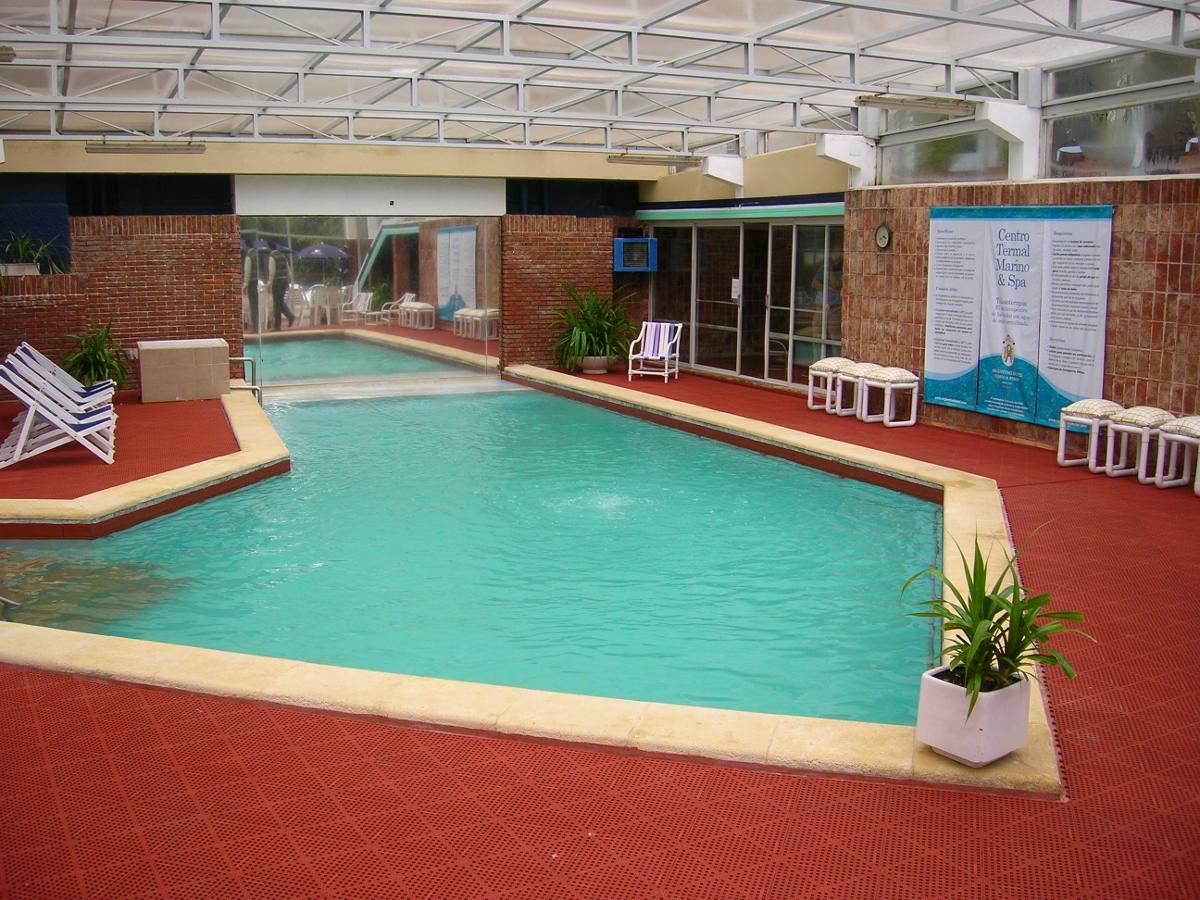 Piso para piscinas saunas duchas u s 2 95 en mercado libre - Duchas de piscinas ...