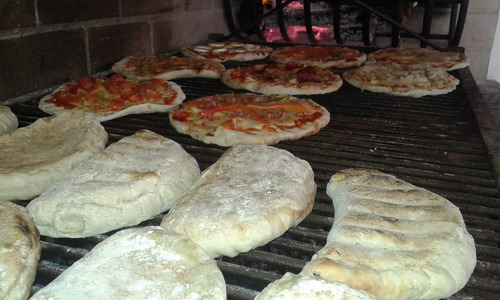 pizza a la parrilla, calzones, gramajo, chivitos, y más !!!