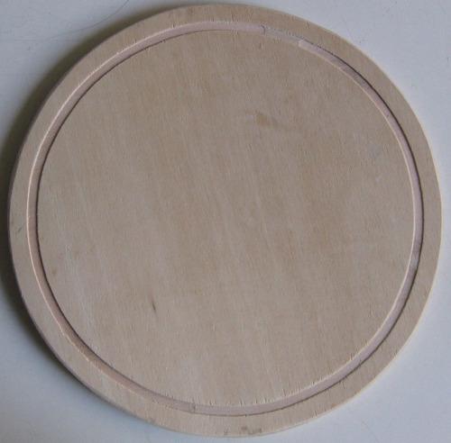 plato para asado de madera con ranura 24 cm.