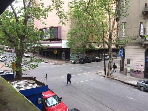 plaza cagancha, rondeau y colonia, de estilo 3d, serv y 47m de tzas