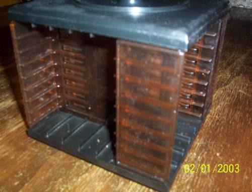 porta casettes en acrilico