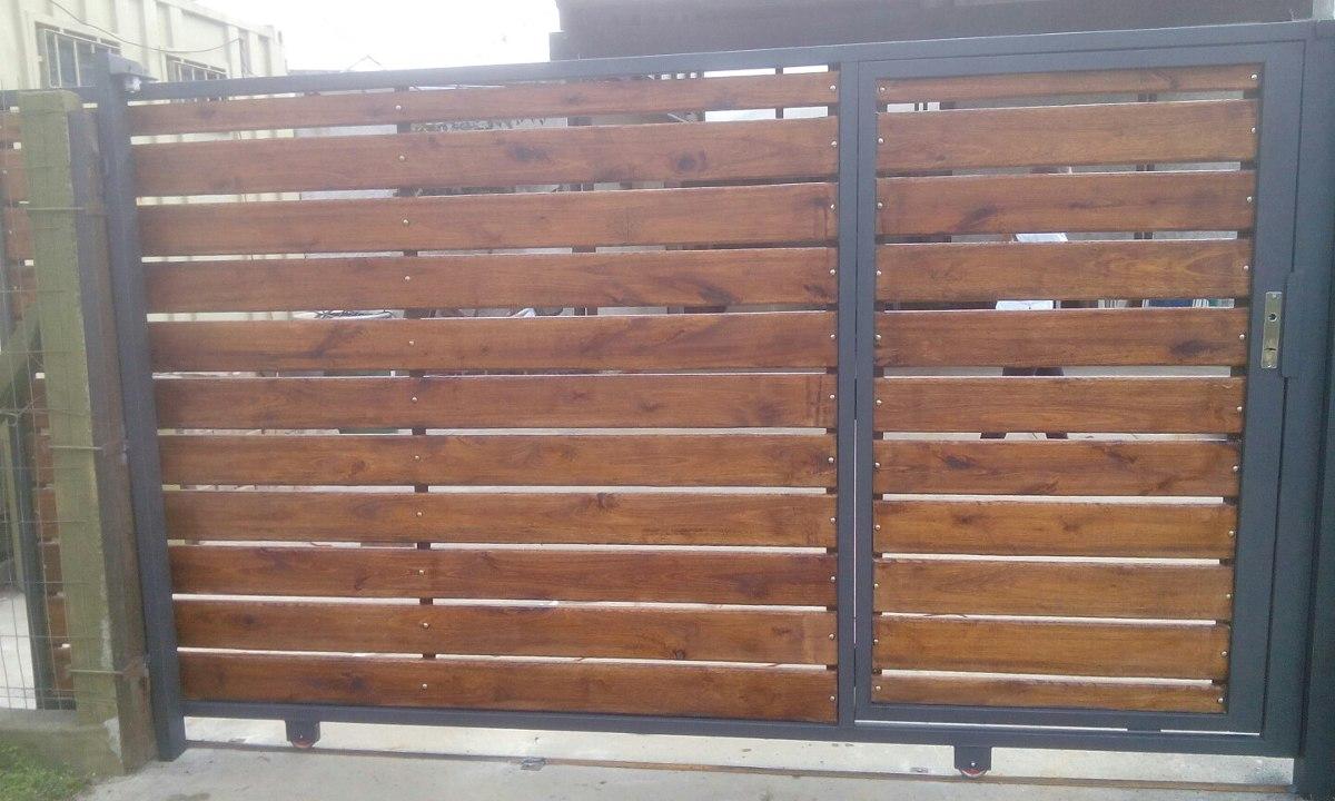 Porton corredizo y batientes en madera y hierro for Cuanto sale hacer una pileta de material 2016