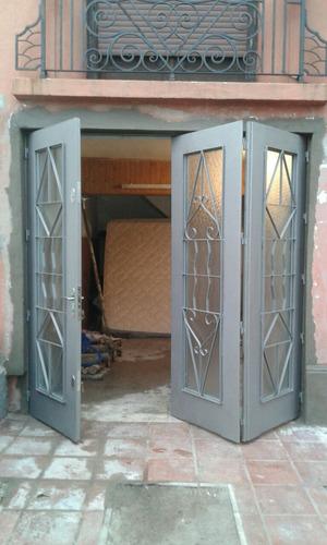 Portones rejas puertas herreria aluminio mamparas y ventanas 120 00 en mercado libre - Puertas disenos modernos ...