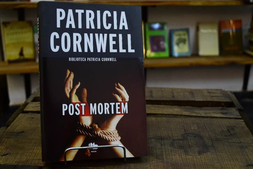 post mortem. patricia cornwell.