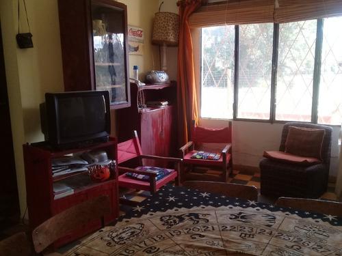 preciosa, barata y cómoda casa para descansar en familia.