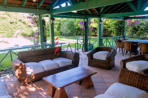 preciosa casa en la barra 4 dormitorios con piscina y parrillero - ref: 35946
